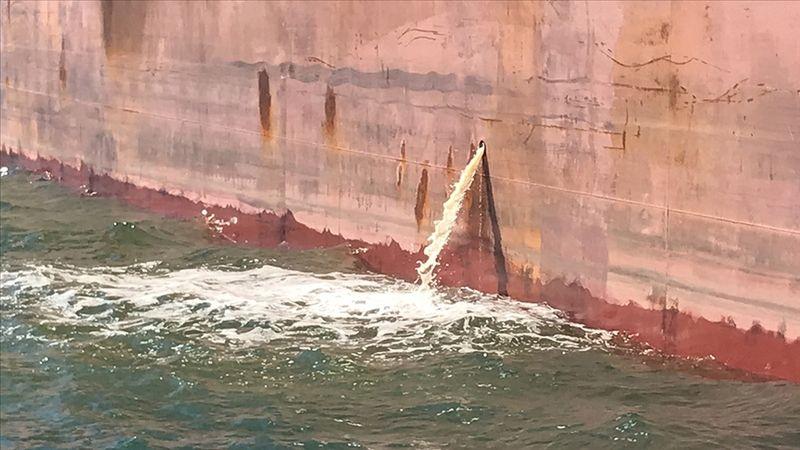 Marmara'da kurallara uymayan işletmelere ve gemilere yaklaşık 15 milyon lira ceza kesildi