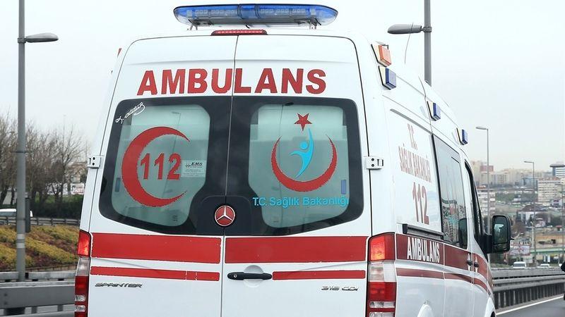 Karamürsel'de motosikletin çarptığı yaya yaralandı