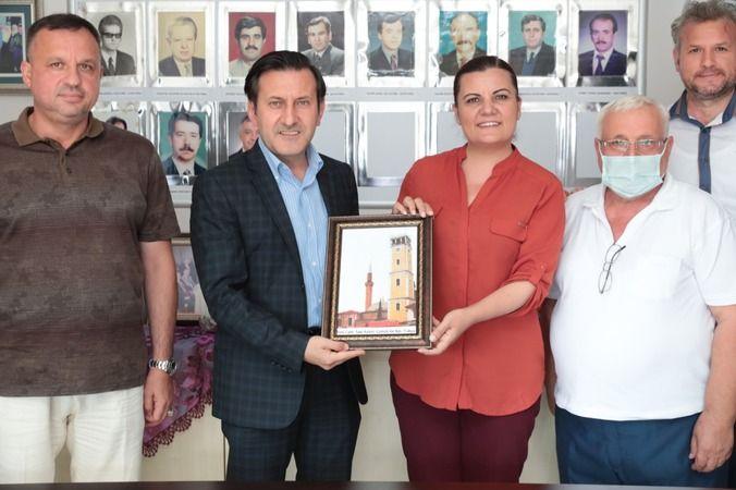 Hürriyet  Batı Trakya Türkleri ile bayramlaştı