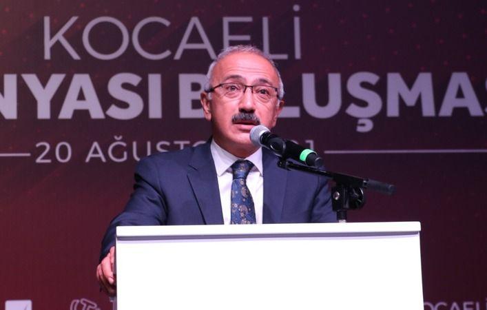 """Bakan Elvan: """"2021'de yüzde 8'in üzerinde bir büyüme bekliyoruz"""""""
