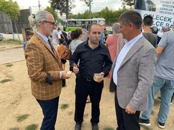 İzmit Belediyesi üst düzey yöneticileri  Gelecek Partisi'nin aşure etkinliğine katıldı