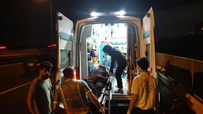 Karpuz yüklü tırla çarpışan kamyonun sürücüsü yaralandı
