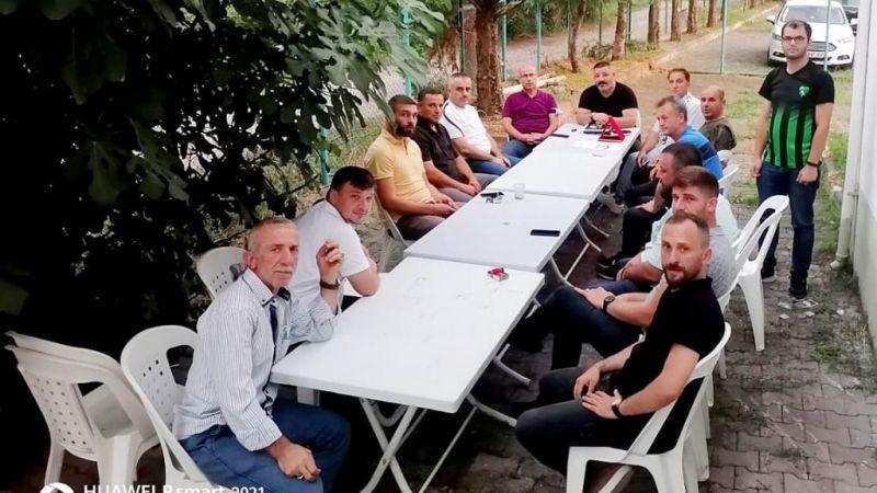 Suadiyespor yönetimi, Serbülent Dursun Sandıkçıoğlu başkanlığında toplandı