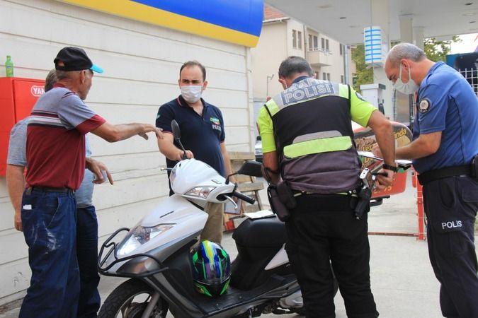 Otomobile arkadan çarpan motosikletli kurye yaralandı