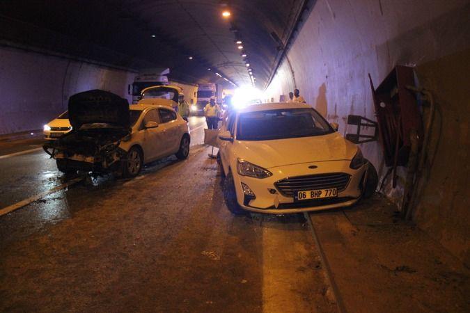 TEM'deki kazada yanan araçtan son anda kurtuldular