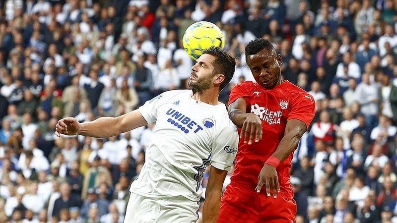 Demir Grup Sivasspor Avrupa Konferans Ligi'ne veda etti