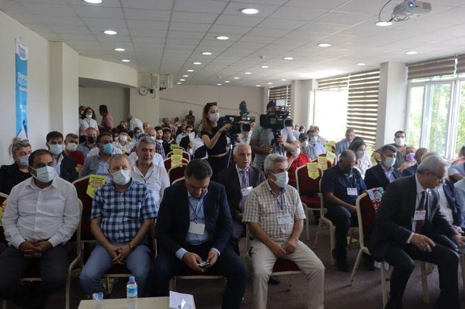 İzmit Belediyesi Başkan Yardımcısı Nurettin Bulut  Azerbaycan derneklerini kongrede yalnız bırakmadı