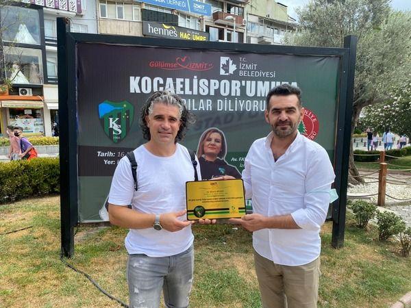 Avusturya'dan İzmit'e gelen  Bülent Bilgen'e plaket sürprizi