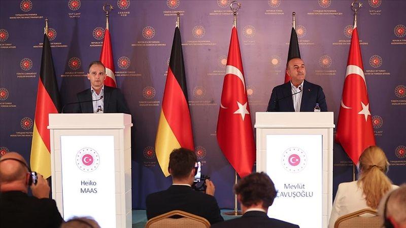 Bakan Çavuşoğlu: Türkiye'nin artık ilave bir mülteci yükünü kaldırması söz konusu değil