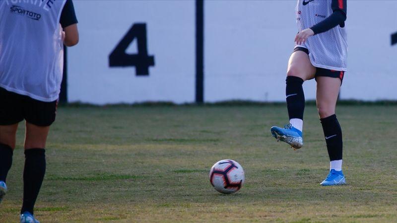 Süper Lig'den 6 kulübün kadın futbol takımı yeni sezonda ligde yer alacak