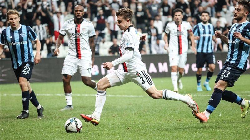 Beşiktaş 3-0 öne geçtiği maçta son dakikada puan kaybetti