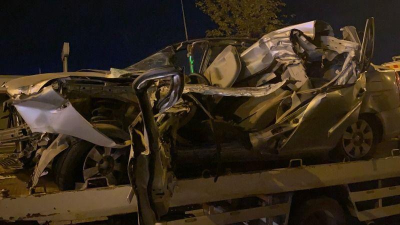 Sol şeritte arıza yapan kamyonete arkadan çarptı: 1 ölü