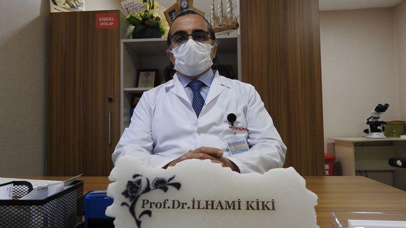 Aşıyı geciktirdiği için korona virüse yakalanan profesörden aşı olun çağrısı