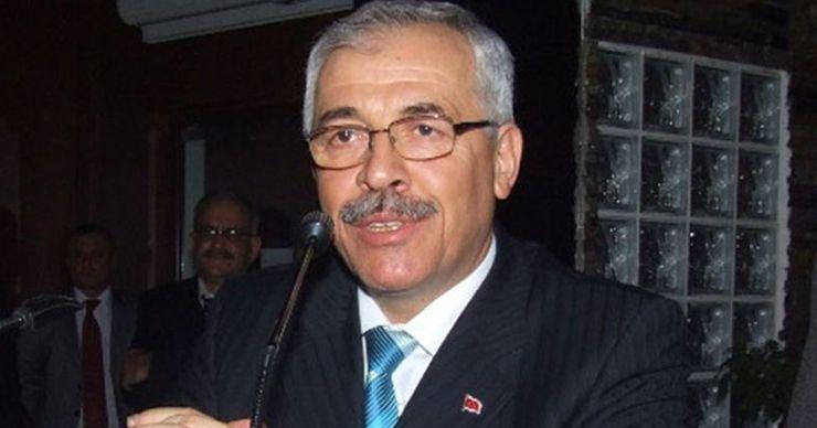 AK Partili eski başkandan Hürriyet'e destek mesajı!