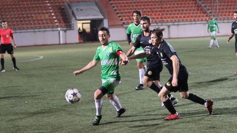 İzmit Belediyesi Başkanlık Kupası'nda yarı finalistler belli oldu