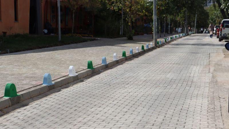 İzmit Belediyesi  Mehmet Ali Paşa'da kaldırımları yeniledi