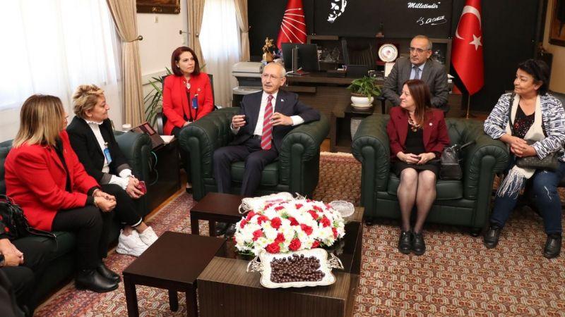 Kocaeli'nin kadın muhtarları Kılıçdaroğlu'yla buluştu