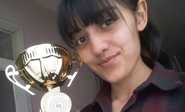 20 Yaşındaki Kızını Pompalı Tüfekle Vuran Baba Tutuklandı