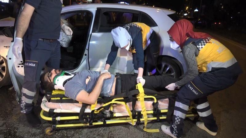 Alkollü Sürücü Polis Noktasına Daldı; 2'si Polis 4 Yaralı!