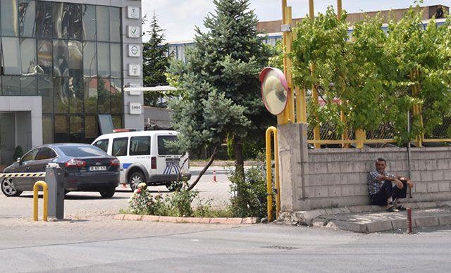 Fabrikada Gazdan Zehirlenen 1 İşçi Öldü, 9 İşçi Hastaneye Kaldırıldı