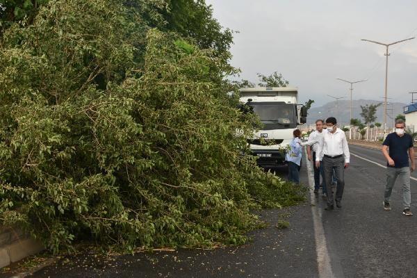 Fırtına, Nazilli'de Yaşamı Olumsuz Etkiledi!