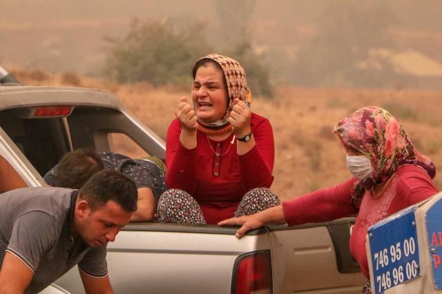 Manavgat'taki Yangın 20 Saat Sonra Kontrol Altına Alındı, Acı Haberi Pakdemirli Canlı Yayında Verdi!
