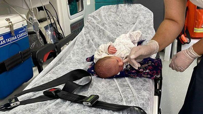 3 Günlük Bebeği Poşete Koyup, Yol Kenarına Attılar