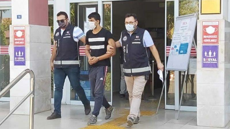 Nazilli'de 5 Ayrı Adresten Hırsızlık Yapan 'Ev Faresi' Tutuklandı