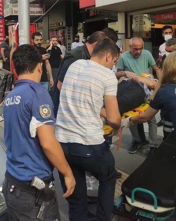 Ehliyetsiz Sürücü Fren Yerine Gaza Basınca 3 Kişi Felaketi Yaşadı