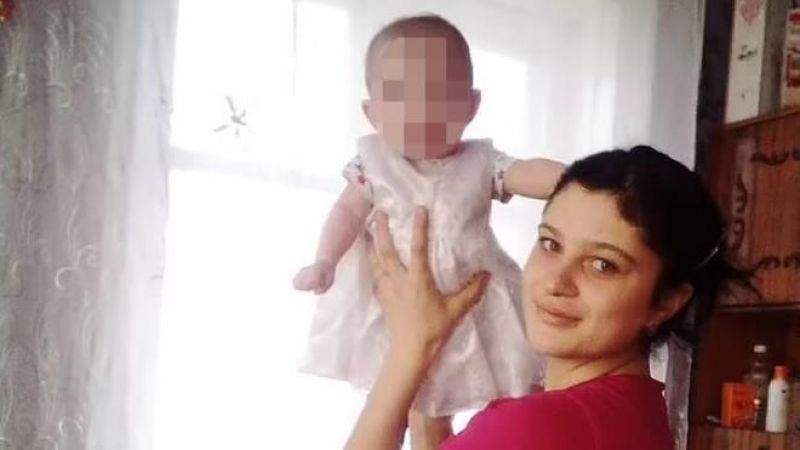 Bebek Kaynar Suyun İçine Düştü; Tıp Öğrencisi Annenin Çözümü, Bebeği Canından Etti