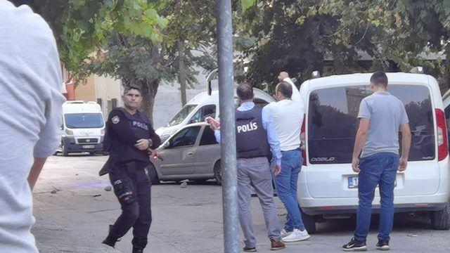 Çaldığı Araçtan Polise Ateş Açtı, Köşeye Sıkışınca İntihar Etti!