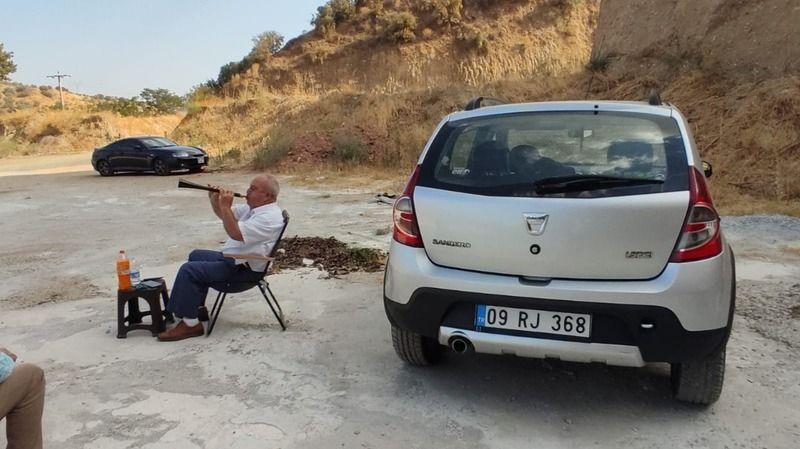 Nazilli'de İlginç Olay! Eşi Ceza Verdi, 40 Gün Dağda Zurna Çalacak