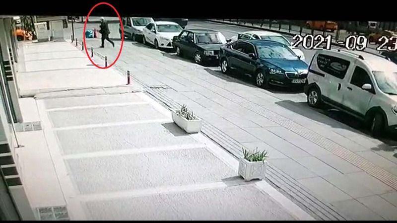 Otomobilde Ölü Bulundu; Katili En Yakını Çıktı!