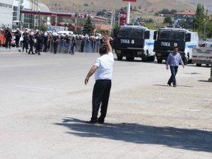 Ankara'da Mermerciler Sitesinde Olaylı Yıkım