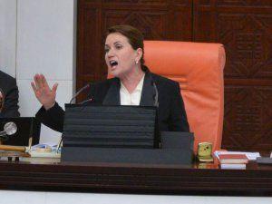 Meclis Başkanvekili Meral Akşener Çileden Çıktı ve Kamer Genç'e Tepki Gösterdi