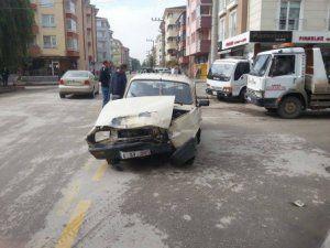 Bolu'da Kaza Yapan Otomobilden LPG Tankı Fırladı