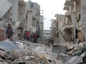 Suriye'de Varil Saldırısında 6 Kişi Öldü
