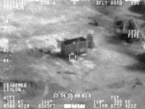 Irak IŞİD'i Havadan Bombaladı