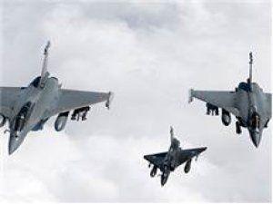 Afganistan'da 5 Öğrenci NATO Hava Saldırısıyla Öldürüldü