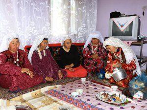 Kırgız Türkleri Psikolojik Baskı Nedeniyle Van'ı Terk Ediyor