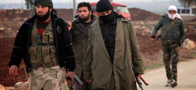 Facebook'ta IŞİD Militan Kazandırıyorlar