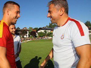 Lukas Podolski, Galatasaray'daki İlk Antrenmanına Çıktı
