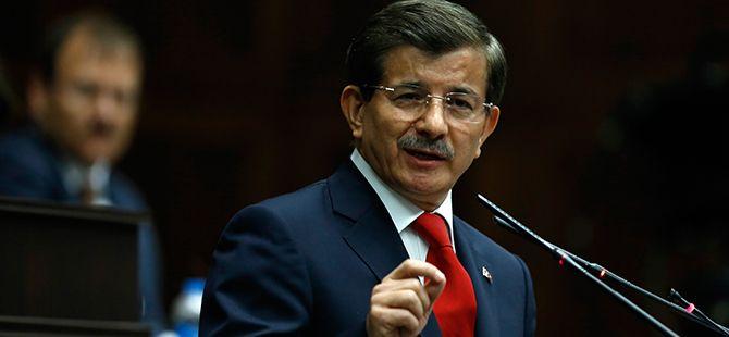 Başbakan Davutoğlu'ndan Demirtaş İki Mesaj: Dava Adamlarına Tatil Yoktur