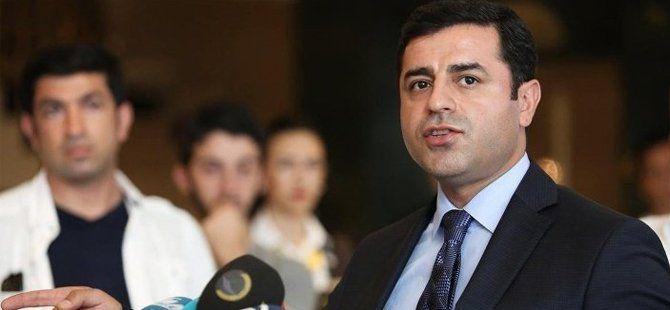 HDP Eş Genel Başkanı Selahattin Demirtaş: Başkanlık Konusunda Öcalan ile Farklı Düşünmedik