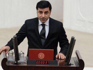 Demirtaş 39 Gün Sonra Meclis'te Yemin Etti