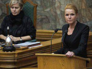 Danimarka Meclisi Mültecilerin Mücevherlerine El Konulmasını Öngören Yasayı Onayladı