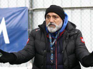 Çaykur Rizespor Teknik Direktörü Hikmet Karaman'dan Umut Bulut'a Taziye