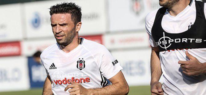 Gökhan Gönül Beşiktaş'taki İlk Antrenmanına Çıktı