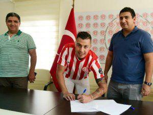 Emre Güral'ın Yeni Takımı Antalyaspor Oldu