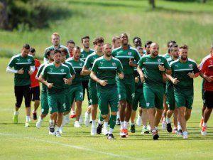 Yeni Sezon Hazırlıklarını Sürdüren Bursaspor'da Hafif Çalışma